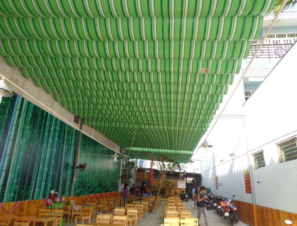 mái bạt xếp di động cho quán ăn