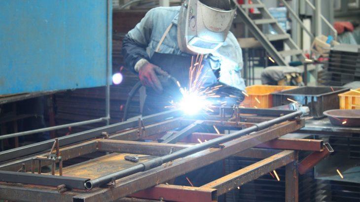 thợ hàn sắt